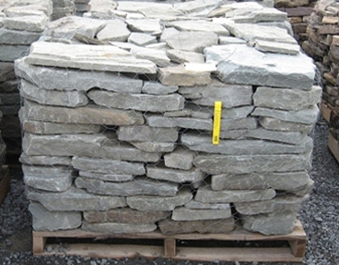 Pallet colonial wall stone